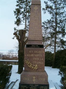Monument aux morts d'Allain (54 ) - Crédit photo http://monuments.piwigo.com/index?/category/85-54_meurthe_et_moselle