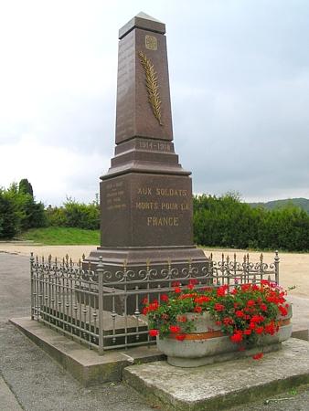 Monument aux morts d'Uruffe - Crédit photo : http://alain.j.schneider.free.fr/La_Mothe/URUFFE.html